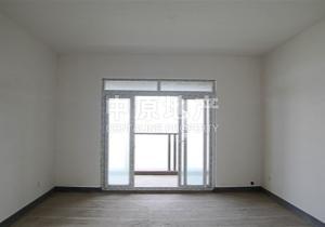 复地高品质小区 清水四房 客厅带阳台 一线高尔夫景观南北通透
