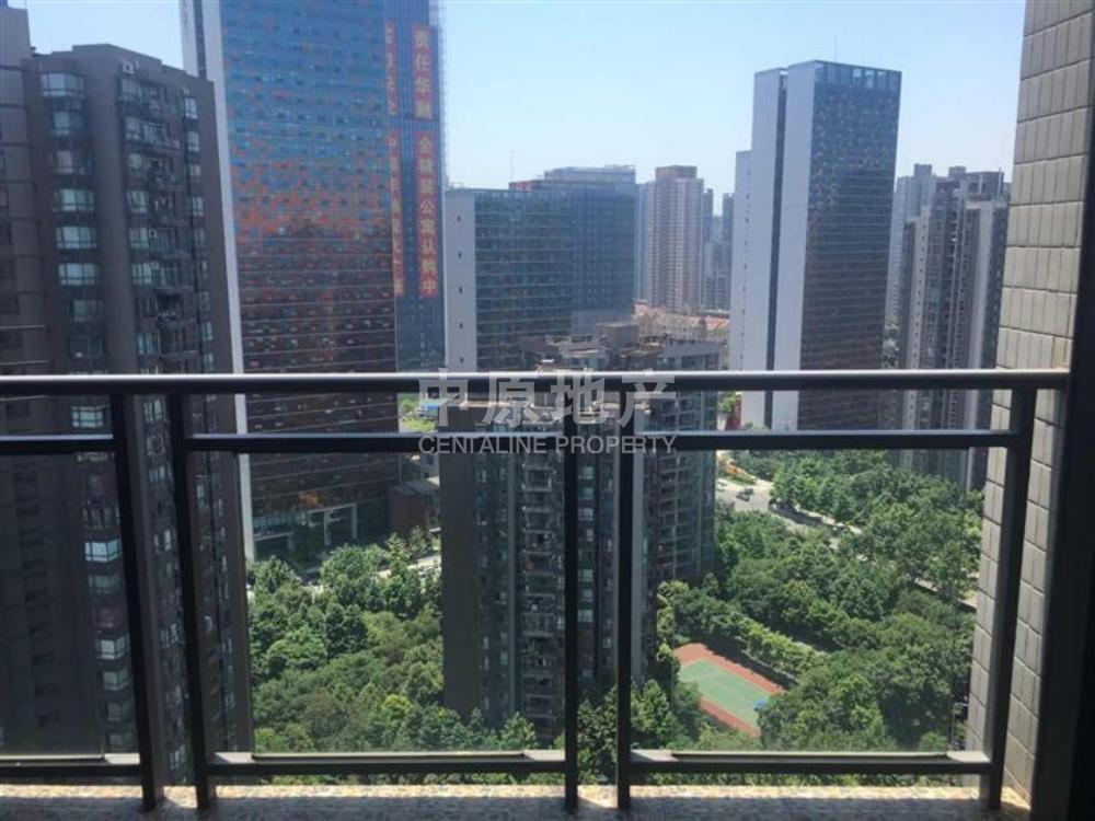 龙湖水晶郦城-阳台