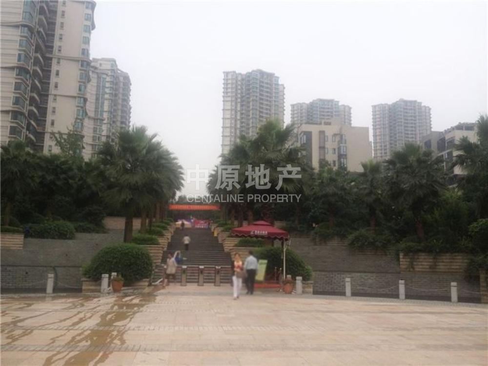 雅居乐国际花园-大门